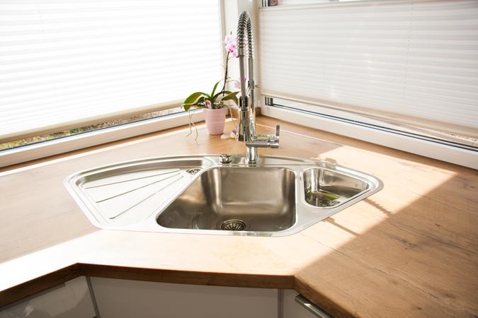16 k che ecksp le bilder kuche aus schichtstoff olive eckspule arena eck aus keramik von. Black Bedroom Furniture Sets. Home Design Ideas